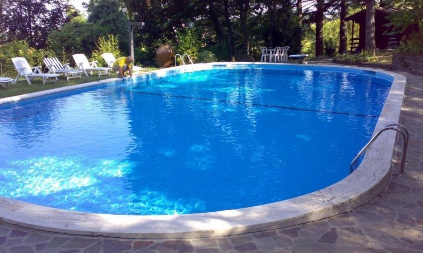 La piscina, i prodotti e l'acido cianurico