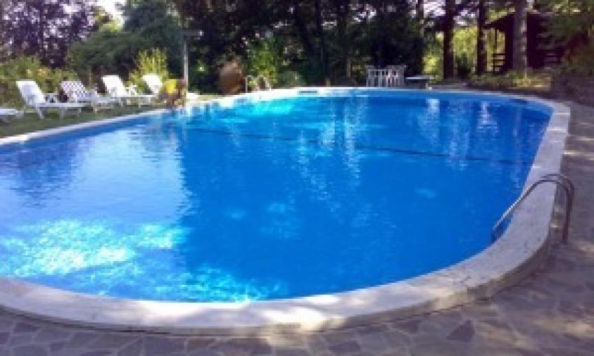 Rivestimento della piscina, in plastica o ceramica?