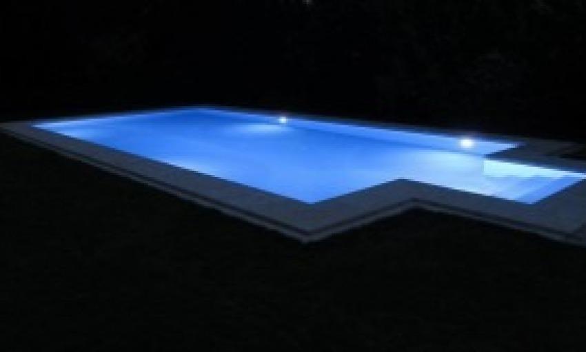 Fari a led per piscina