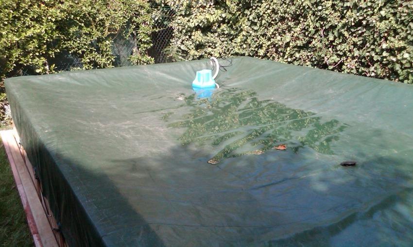 Per la stagione invernale devo vuotare la piscina?