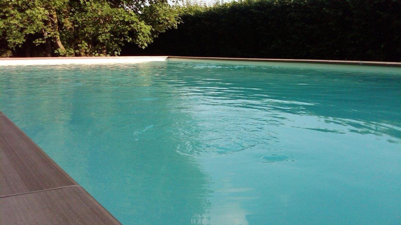 piscina fuori da terra per giardino