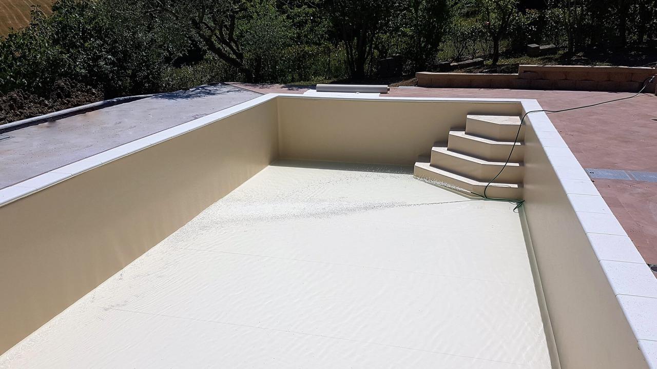base vasca coperta in PVC