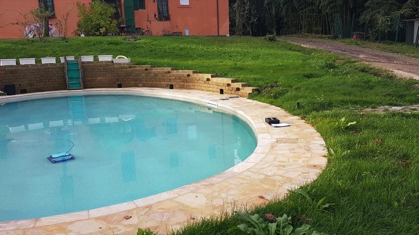 piscina rotonda interrata a skimmer