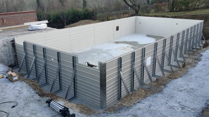 struttura per vasca di piscina fuori da terra